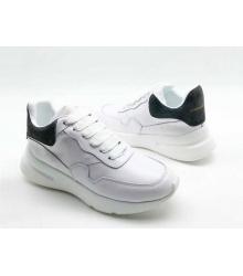 Женские кроссовки Alexander McQueen (Александр Маккуин) кожаные с серым задником White