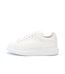 Женские кроссовки Alexander McQueen (Александр Маккуин) кожаные White