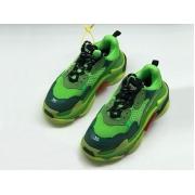 Женские кроссовки Balenciaga (Баленсиага) Triple S комбинированные на шнурках Green