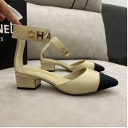 Женские туфли-лодочки Ch-l (Шанель) кожаные каблук средней длины Beige