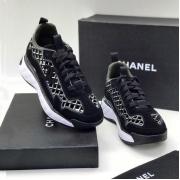 Женские кроссовки Ch-l (Шанель) замшевые с логотипом на шнурках Black