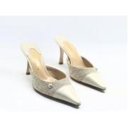 Женские мюли Chanel (Шанель) Cruise кожаные на каблуке средней длины Gray