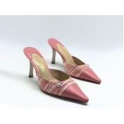 Женские мюли Chanel (Шанель) Cruise кожаные на каблуке средней длины Pink