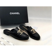 Женские мюли Chanel (Шанель) Cruise кожаные с лого Black