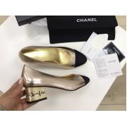 Женские туфли Chanel (Шанель) Cruise летние кожаные средний каблук с лого Gold