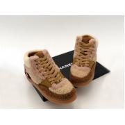 Женские кроссовки зимние Chanel (Шанель) комбинированные на меху с логотипом на шнурках Brown