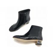 Ботильоны женские Chanel (Шанель) кожа лаковая на каблуке лого с молнией Black