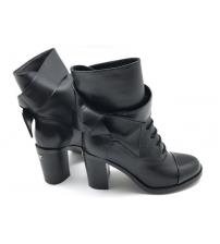 Женские ботинки Chanel (Шанель) кожаные на каблуке Black