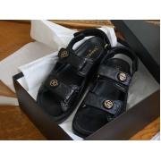 Летние женские сандалии Chanel (Шанель) кожаные на липучке с лого Black