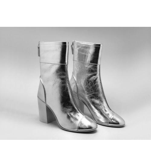Женские ботильоны Chanel (Шанель) кожаные на толстом каблуке с молнией Silver