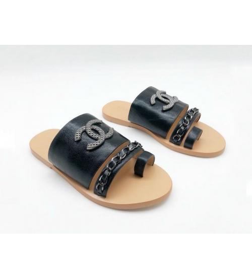 Женские сандалии Chanel (Шанель) кожаные с цепочкой Black