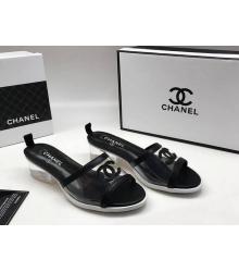 Женские шлепанцы Chanel (Шанель) летние Комбинированные на каблуке средней высоты Black