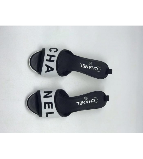 Женские шлепки Chanel (Шанель) летние комбинированные на каблуке White/Black