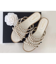 Женские шлепки Chanel (Шанель) летние кожаные с жемчугом White/Beige