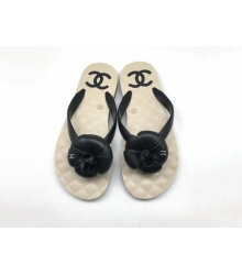 Женские шлепанцы Chanel (Шанель) сланцы летние кожаные с цветком Black