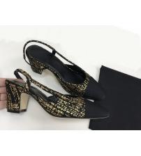 Босоножки женские Chanel (Шанель) твид каблук с лого средней длины Gold/Black