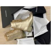 Ботинки женские Chanel (Шанель) высокие кожаные на шнурках с молнией каблук небольшой Gold