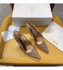 Женские туфли-слингбэки Christian Dior (Кристиан Диор)  J`Dior каблук 10см из стразов с открытой пяткой Beige