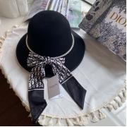 Женская шляпа Christian Dior (Кристиан Диор) кашемир с широкими полями с жемчугом Black