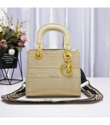 Женская сумка Christian Dior (Кристиан Диор) Lady D-Lite c традиционным узором Cannage Beige