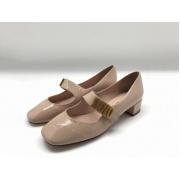 Женские туфли Christian Dior (Кристиан Диор) летние кожа лаковая на среднем каблуке Beege