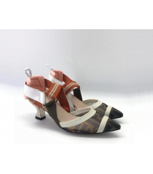 Женские туфли-лодочка Fendi (Фенди) Colibrì с открытой пяткой летние на среднем каблуке Beige