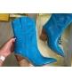 Женские казаки Fendi (Фенди) кожаные каблук скошенный Blue