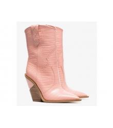 Женские полусапожки казаки Fendi (Фенди) кожаные каблук скошенный Pink