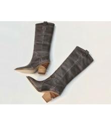 Сапоги-казаки женские Fendi (Фенди) кожаные каблук средней длины Gray