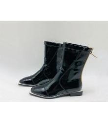 Полусапожки женские Fendi (Фенди) кожаные на низком каблуке на молнии Black