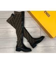 Женские ботфорты Fendi (Фенди) кожаные низкий каблук Black/Brown