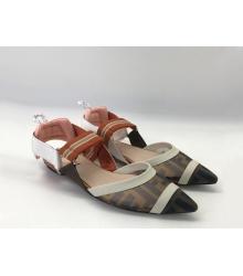 Женские сандалии Fendi (Фенди) текстиль на низком каблуке Beige