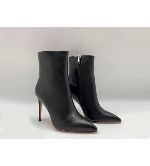 Женские ботильоны Gianvito Rossi (Джанвито Росси) кожаные на высоком каблуке шпилька Black