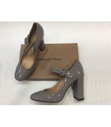 Женские туфли Gianvito Rossi (Джанвито Росси) лакированные Grey