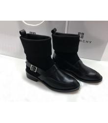 Женские полусапоги Givenchy (Живанши) кожаные на низком каблуке Black