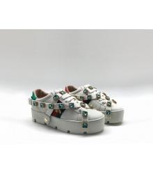 Женские кроссовки Gucci (Гуччи) Ace летние кожаные с кристаллами пчелой съемными ремнями на танкетке White
