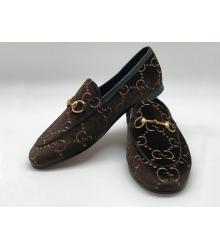 Женские лоферы Gucci (Гуччи) бархатные с логотипами Brown
