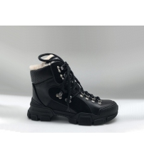 Ботинки зимние женские Gucci (Гуччи) Flashtrek high-top на меху кожаные на шнурках Black