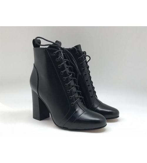 Женские ботильоны Gucci (Гуччи) кожаные каблук средней высоты с логотипом на шнурках Black