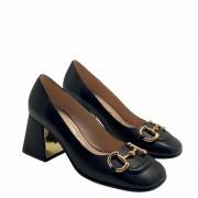 Женские туфли-лодочки Gucci (Гуччи) кожаные на среднем каблуке деталь Horsebit Black