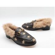 Мюли женские Gucci (Гуччи) кожаные с мехом со звездами и пчелой Brown