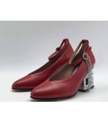 Женские туфли Gucci (Гуччи) кожаные средней высоты каблук со стразами Bordo