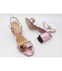 Босоножки женские Gucci (Гуччи) лаковая кожа на толстом каблуке Pink