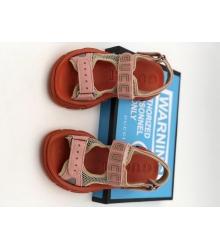 Женские сандалии Gucci (Гуччи) летние кожаные на липучке на толстой подошве Red/Pink