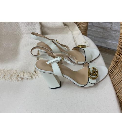 Босоножки женские Gucci (Гуччи) летние кожаные на высоком каблуке White