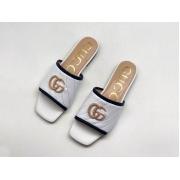 Женские шлепанцы Gucci (Гуччи) летние кожаные с лого White
