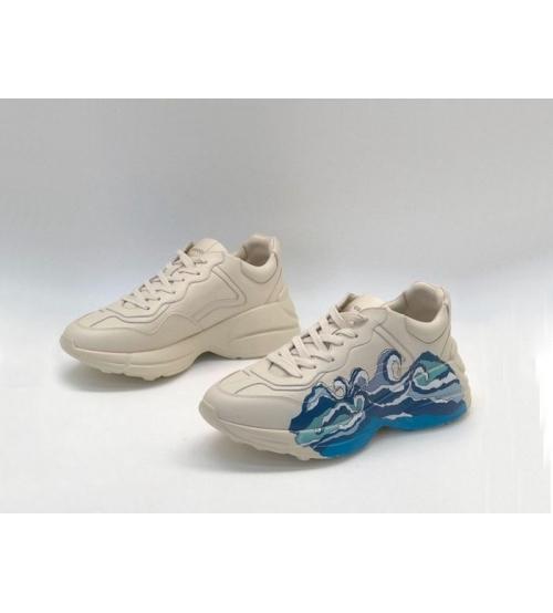 Женские кроссовки Gucci (Гуччи) Rhyton кожаные с принтом White/Blue