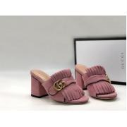 Сабо женские Gucci (Гуччи) замшевые на массивном каблуке Pink