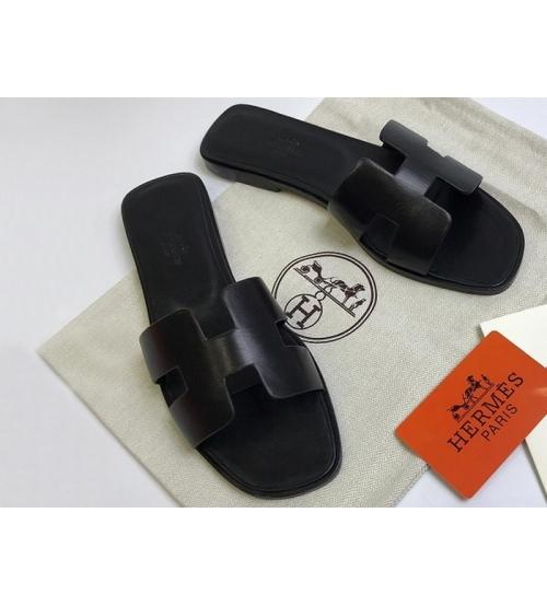Женские шлепанцы Hermes ( Гермес) кожаные Black