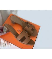 Женские босоножки Hermes ( Гермес) кожаные летние на среднем каблуке Brown